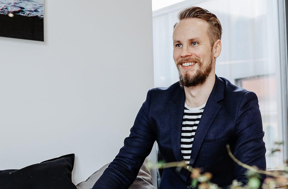 Heikki-website-lyyti